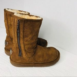 ugg mayfair boots size 6